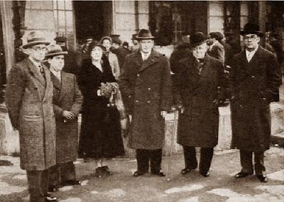 Ricard Guinart, Francesc Armengol, Sra. Alekhine, Alekhine, Valentín Marín y Francesc Carreras en 1935
