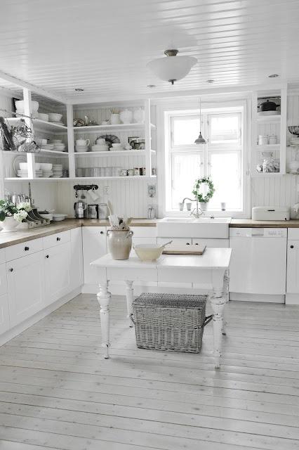 26 fabulous farmhouse kitchens the