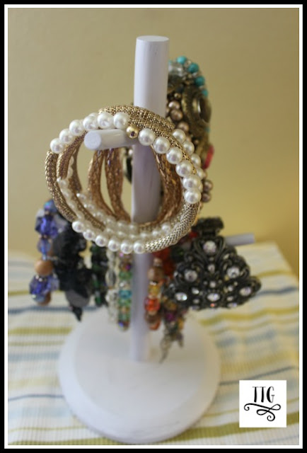 Wow, a quick big bang for your buck project! How to make a simple, easy and thrifty bracelet organizer at thethriftygroove.com