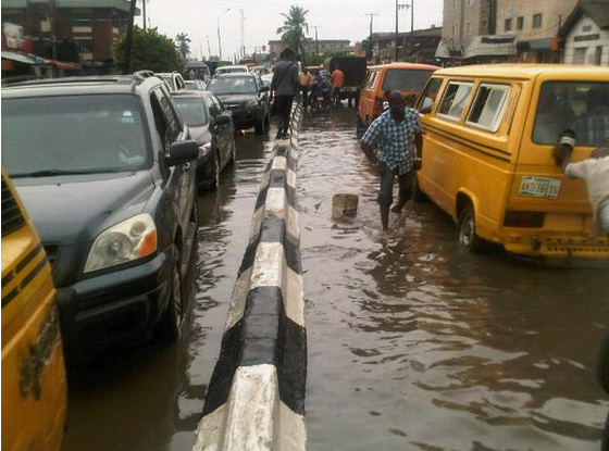 heavy rainfall flooding lagos