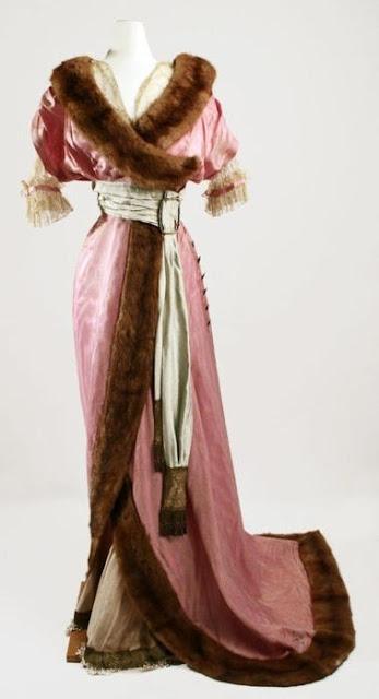 , гардероб леди конца ХIХ века, гардероб, леди конца ХIХ века, мода, одежда, мода ХIХ века, костюм ХIХ века, исторический костюм, женское платье, женская одежда, что носили в ХIХ веке, мода прошлого, стиль, красивые платья, женский гардероб, старинные платья, обувь ХIХ века, головные уборы ХIХ века, корсеты ХIХ века, верхняя одежда ХIХ века, реконструкция костюма, дамы эпохи, дамы ХIХ века, костюмы для театра, костюмы для тематической вечеринки,