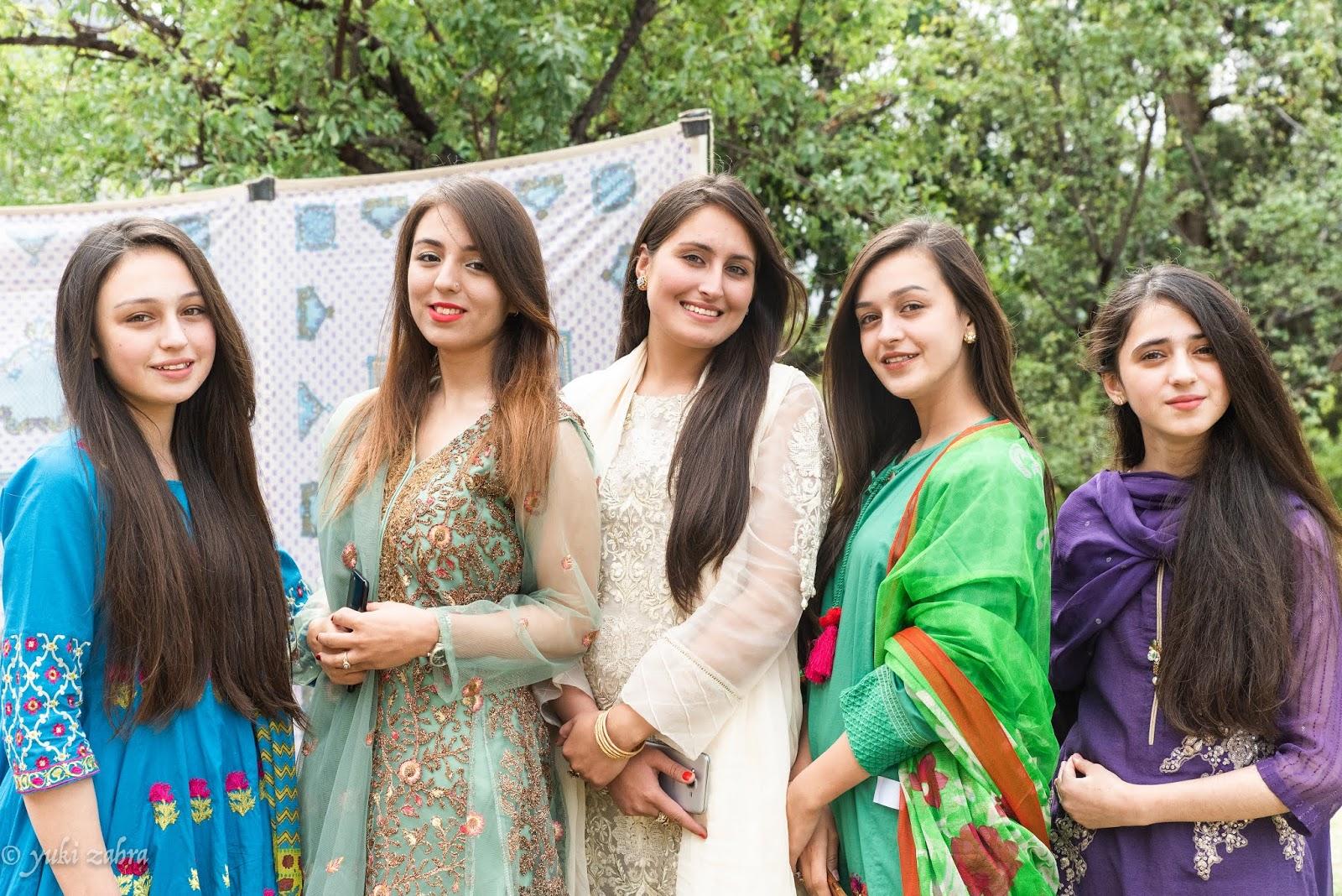 インシャラ: パキスタンの結婚式【ドローシュ】