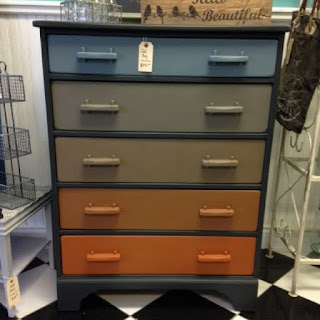 Ombre Desk Painted With Chalk Finish Paint
