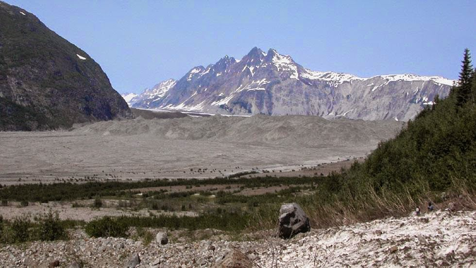 Carrol Glacier (2004) - Photos of Alaska Then And Now. This is A Get Ready to Be Shocked When You See What it Looks Like Now.