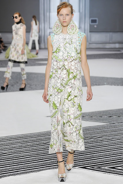 Giambattista Valli Fall 2015 Haute Couture - Paris Fashion Week
