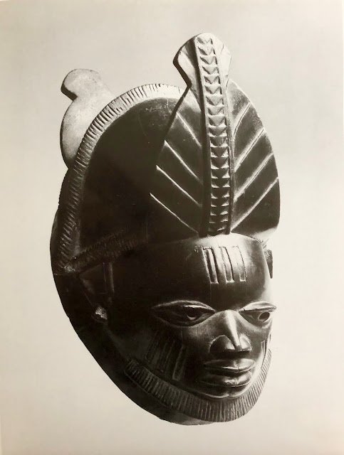 Yoruba Sculpture of West Africa by William Fag, Harper Collins, 1982