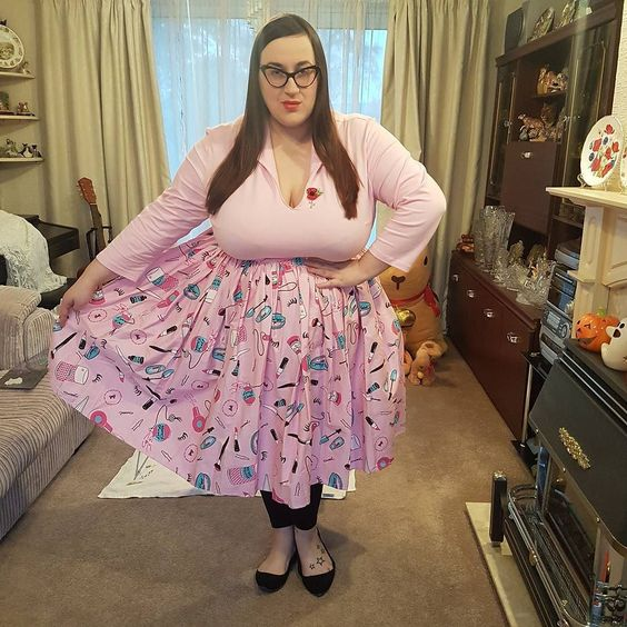 Vixen top in powder pink and Vixen Swing skirt in vintage make up print