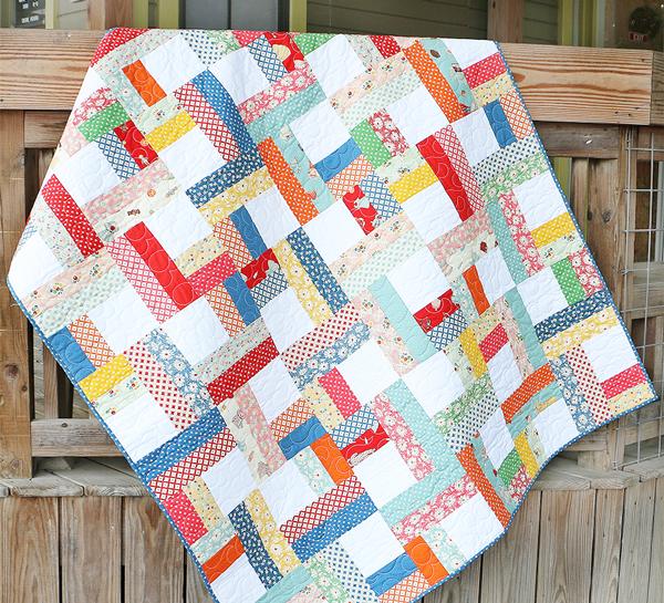 Quilt Patterns Using Moda Jelly Rolls : Fat Quarter Shop s Jolly Jabber: Shortcut Quilt: Jelly Roll Twist