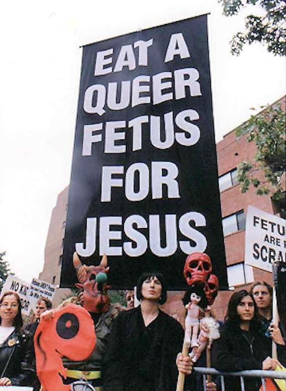 """Exibicionista, inumana, blasfema a 'Igreja da Eutanásia' não vai obter o que quer.  Mas agita uma bandeira para a qual tendem os """"moderados"""" do ambientalismo"""