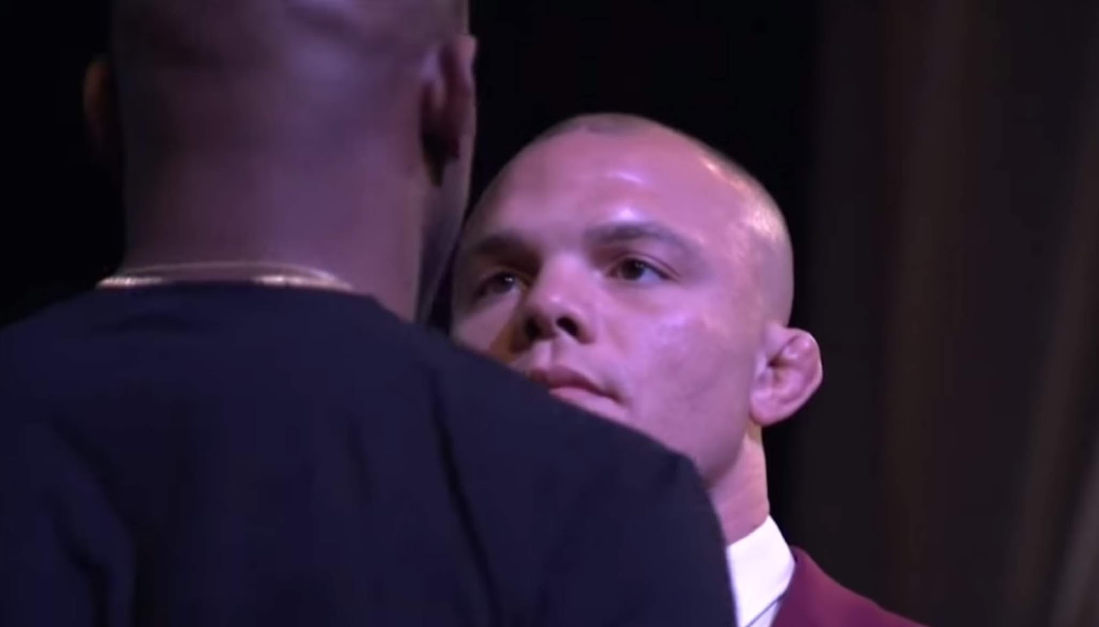 JON JONES VS. ANTHONY SMITH 3