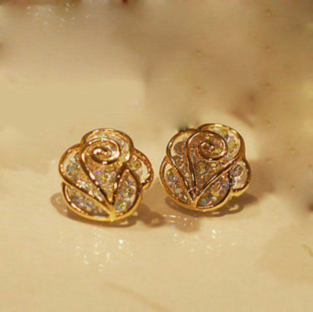 Fancy Golden Earring Designs. Antique Venetian Glass Beads. Earring Beads. Rosary Beads Beads. Sunitha Beads. Wedding Traditional Nigerian Beads. Crochet Chain Stitch Beads. Beading Beads. Gold Pendant Beads