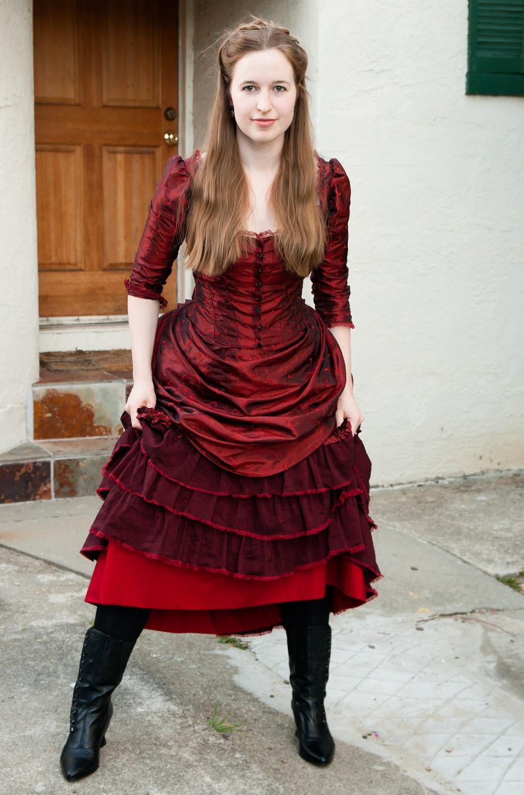 sc 1 st  Frolicking Frocks & Frolicking Frocks: Clara the Barmaid Bustle Dress