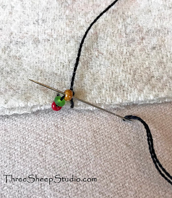 How To / Tutorial for Beaded Picot Edging by Rose Clay at ThreeSheepStudio.com at 'Blog'