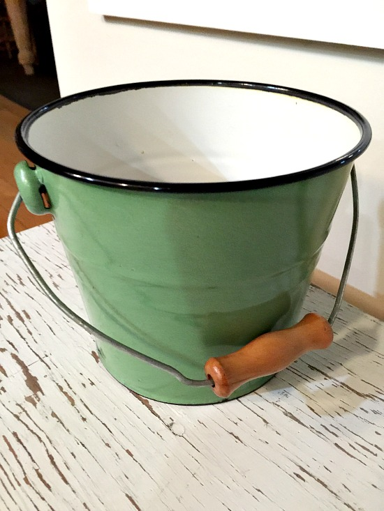 Adding an Image to an Enamelware Pail from the Thrift store