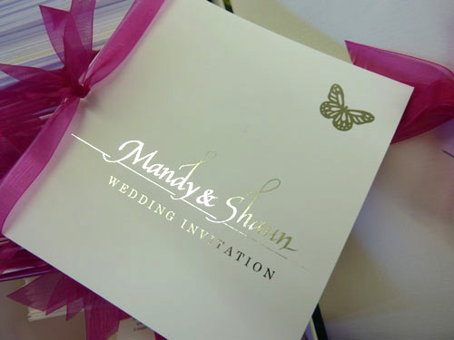 Real Wedding Shaun Mandy Hot Pink And Silver Foil Wedding Theme