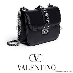 Crown Princess Victoria style Valentino Small chain shoulder bag