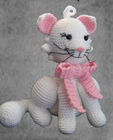 http://www.ravelry.com/patterns/library/little-pussycat