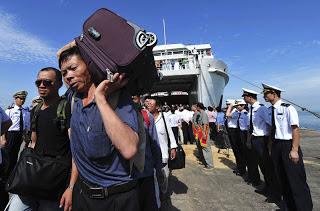 Pengamat Intelejen Sebut Pendatang China Sudah Banyak Miliki E-KTP Palsu