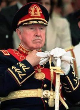 Foto de  Augusto Pinochet en la vejez