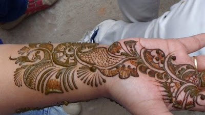 New-style-arabic-eid-mehndi-designs-2017-for-upcoming-eid-10
