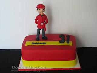Bolo para o aniversário do bombeiro David