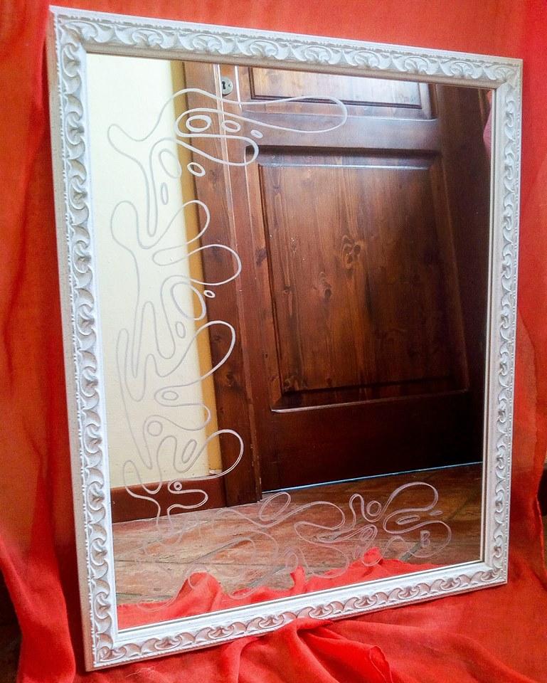 Incisioni su vetro di paola brunetti specchio inciso con cornice bianca - Specchio cornice bianca ...