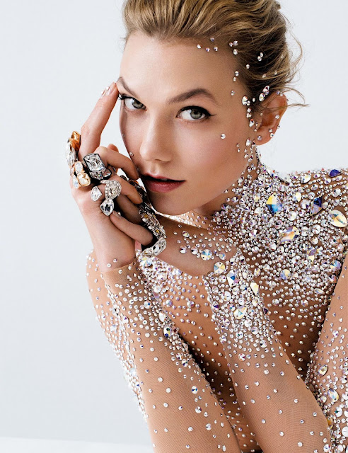 Karlie Kloss Hot Pic