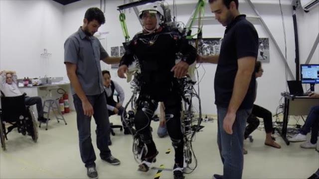 Inovador tratamiento devuelve movilidad de piernas a parapléjicos