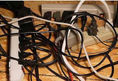 instalaciones eléctricas residenciales - multicontactos saturados