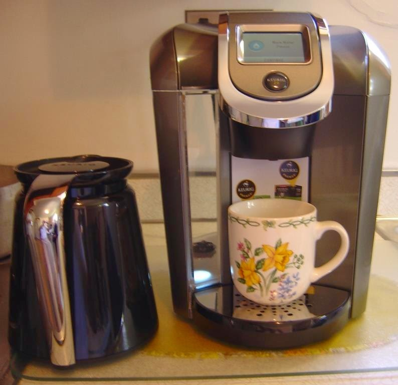 Keurig 2.0 K550 Brewing System in use