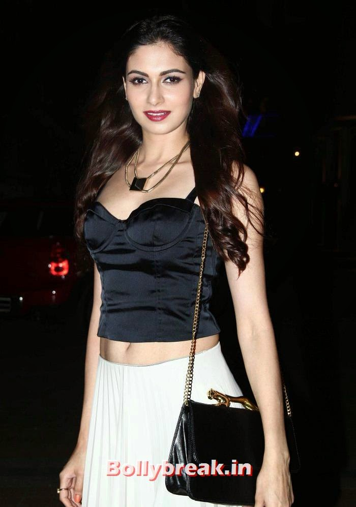 Simran Kaur Mundi, Hazel Keech, Shamita Singha at Mod'Art International Fashion Institute's Fashion Show