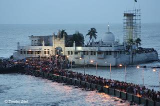 Enam Masjid Apung Paling Indah Di Dunia Salah Satunya ada di Indonesia