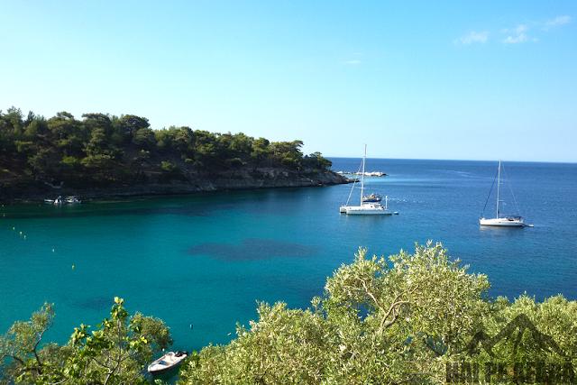 priveliștea de la intrarea catre plaja Aliki Thassos