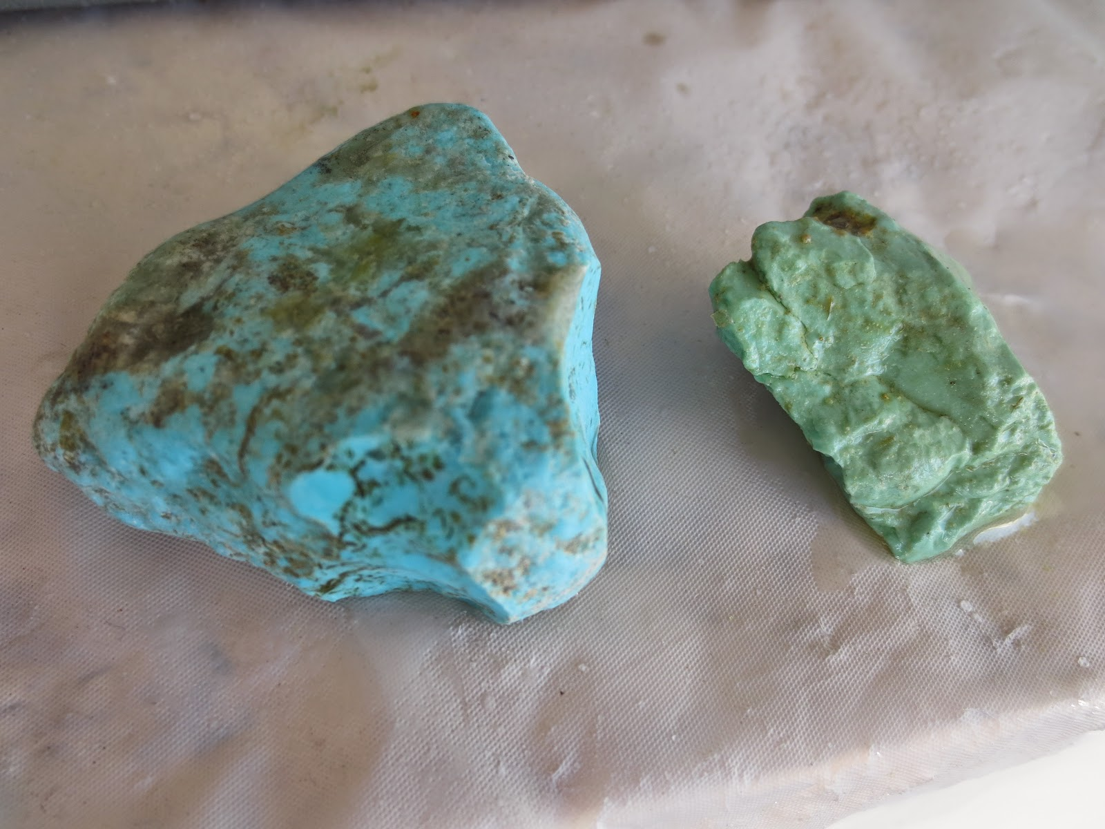 High quality vs. low quality turquoise