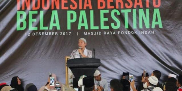 Astaghfirullah, lagi lagi Pengajiannya kembali dibatalkan, Felix Siauw: Arti radikal sekarang adalah tidak mendukung rezim