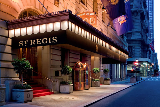 Book a luxury vacation and getaway at The St. Regis Toronto with beautiful accommodations in Toronto.