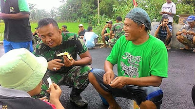 ''Biarlah Kenangan Indah Bersama Satgas TMMD Kami Simpan di Rempoah ''