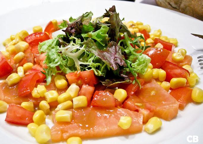 Recept Franse salade van gerookte zalm, maïs en tomaten