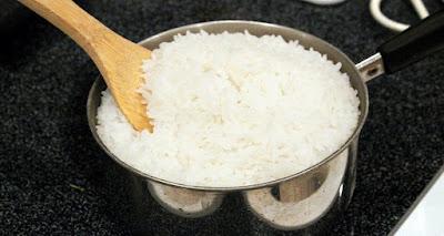 خطير جدا.. طهي الأرز بهذه الطريقة يؤدي للإصابة بالسرطان