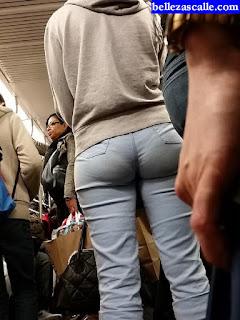 chicas-sexis-metro