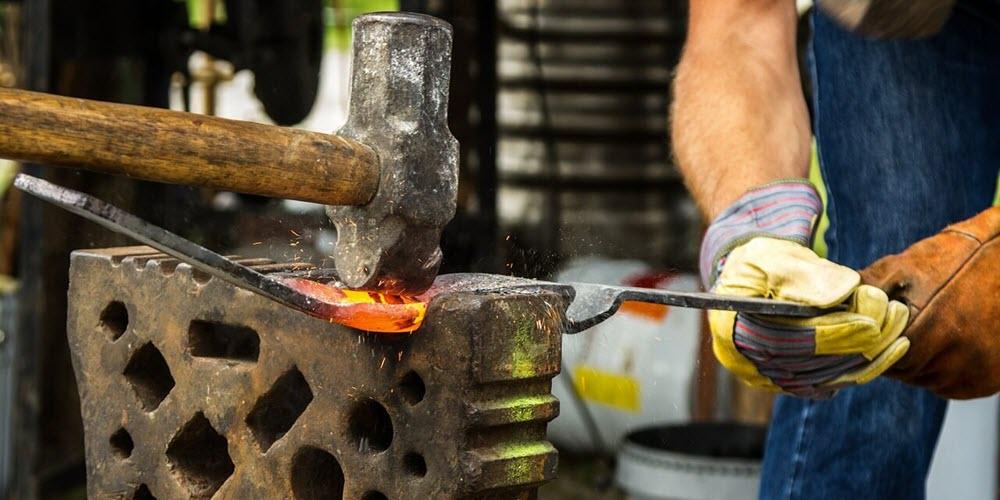 Se firma el Convenio del Comercio del Metal sin el apoyo del minoritario