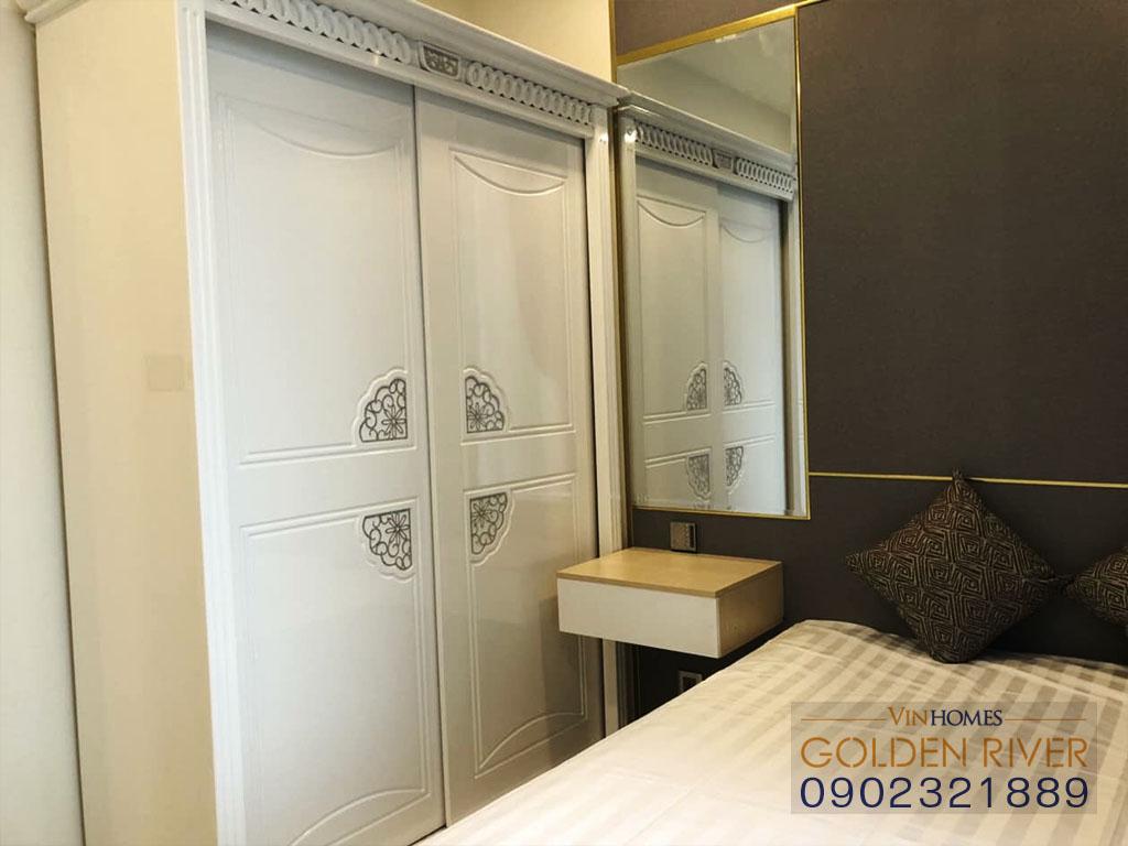 Cho thuê officetel 2 phòng ngủ Vinhomes Golden River Aqua 1 - hình 3