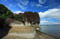 Pantai Batu Dinding | Wonderful Indonesia