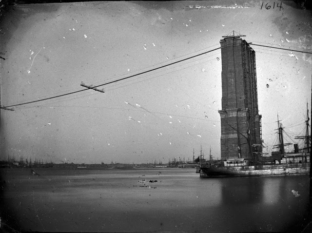 Rare Photos of the Brooklyn Bridge Under Construction in 1870