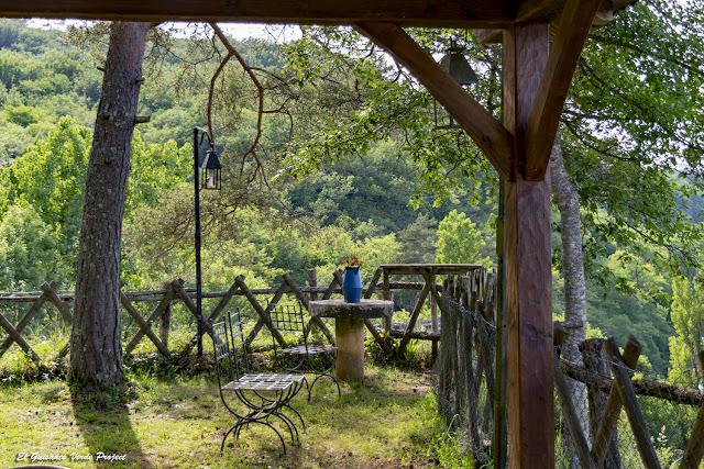 Rincón del Jardín en Auberge de Castel Merle - Francia por El Guisante Verde Project