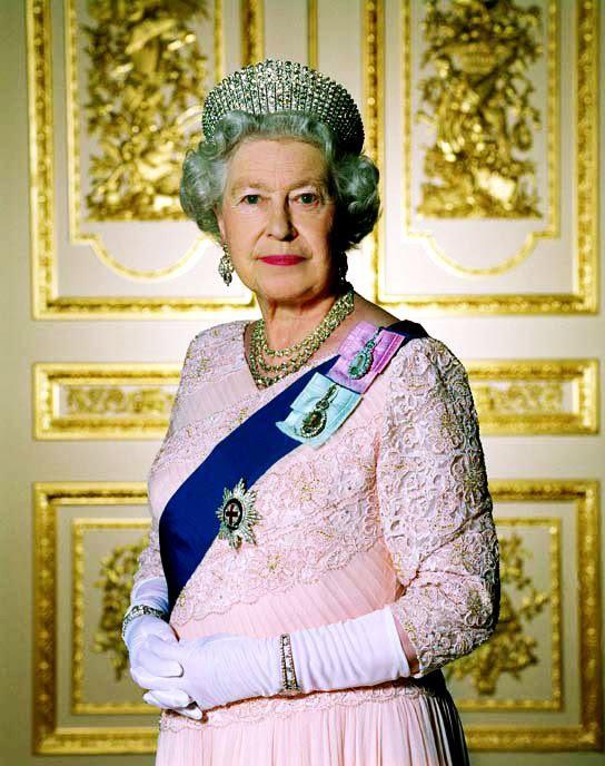 Realeza E Seus Encantos Rainha Elizabeth Ii