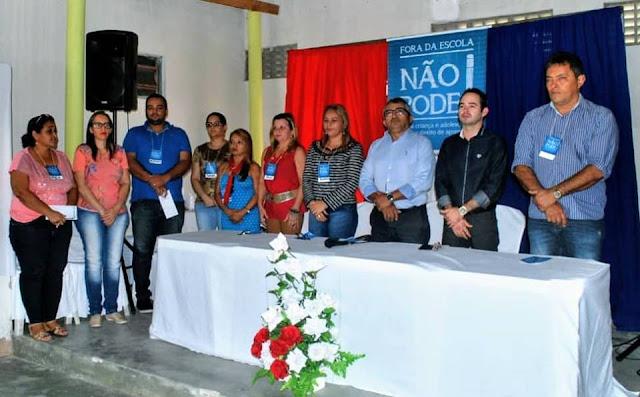 """Prefeitura de Olho d' Água do Casado adere ao programa """"Fora da Escola não pode – Busca Ativa Escolar"""""""
