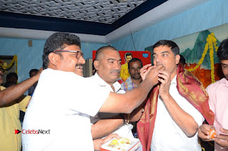 Shatamanam Bhavati Team at Sandhya Theater  0098.JPG