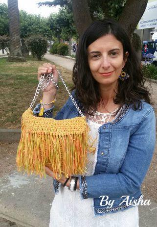 bolso de trapillo con flecos hecho a mano