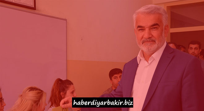 Yapıcıoğlu uses his vote